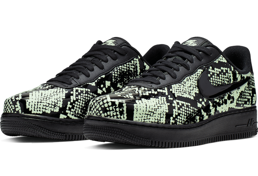 "Men's Nike Air Force 1 Foamposite Pro Cup ""Snakeskin"" AJ3664 300"