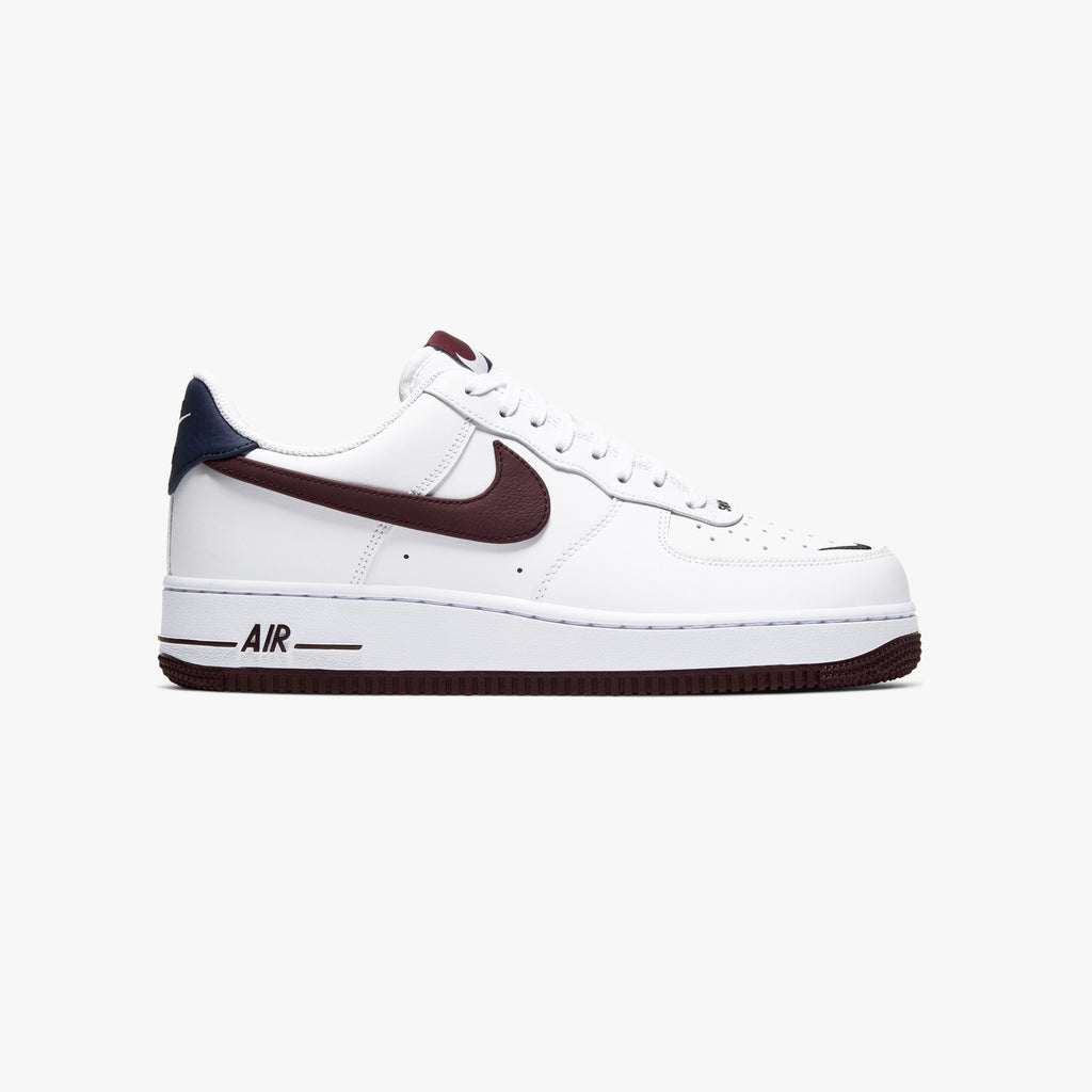 "Men's Nike Air Force 1 '07 LV8 ""White Night Maroon"" CJ8731 100"