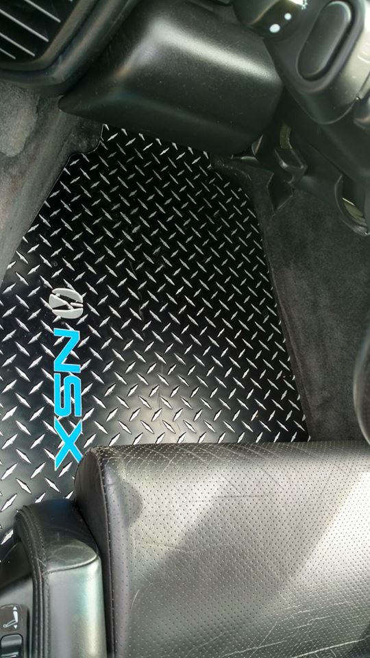 Acura NSX  Black METAL diamond Aluminum floor mats.
