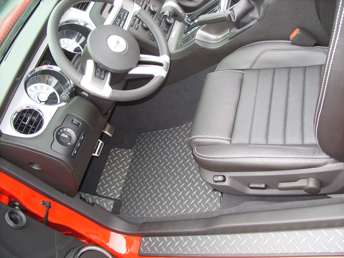 Mustang 11-14 Diamond plate aluminum floor mats Black powder coated