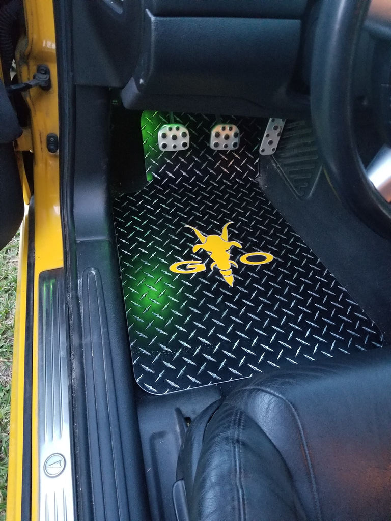 Pontiac GTO Goat head 04-06   Black METAL diamond plate floor mats.