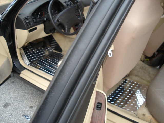 Acura Lengend 91-95 Coupe and Sedan   Aluminum floor mats.  Bare metal polished finish