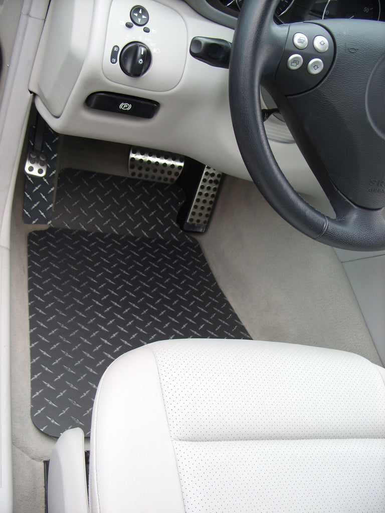 Mercedes-Benz  C Class 2001-2007  W203 black Metal diamond aluminum floor  mats
