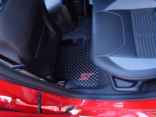 Ford Focus 11-18 ST   Black metal diamond aluminum  floor mats Front set