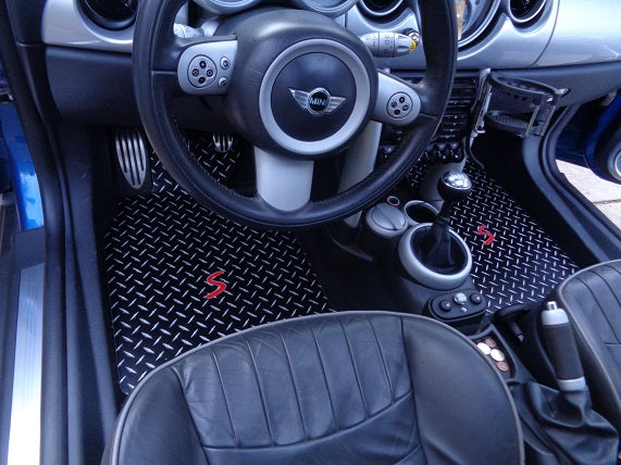 Mini Cooper S (R53) 02-06  Black METAL diamond Mats front set
