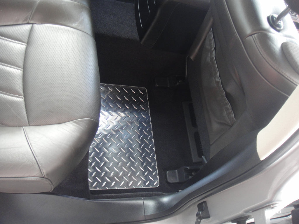 Infiniti M Q70 Sedan Y51 M56 M37 11-19   Black diamond plate Metal floor mats Front Rear