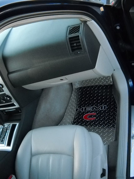 Chrysler 300 Hemi C 05-10 Polished diamond plate metal floor mats.  Front rear