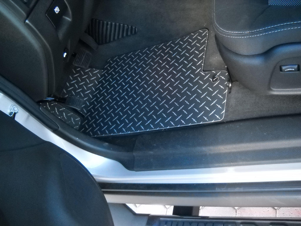 Hummer H3 H3T 06-10 Black Metal diamond aluminum  floor mats front and rear