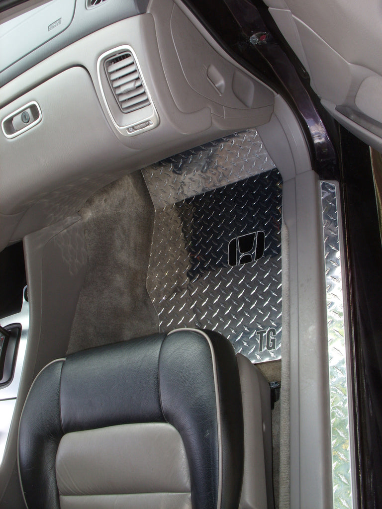 Accord 98-02 Sedan  Diamond plate aluminum floor mats Polished finish