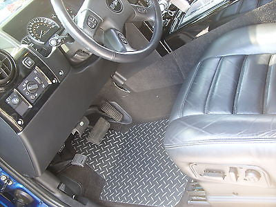 Hummer H2 Diamond plate aluminum floor mats Black powder Coated