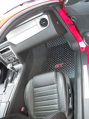 Mustang GT 05-14 Black metal diamond floor mats