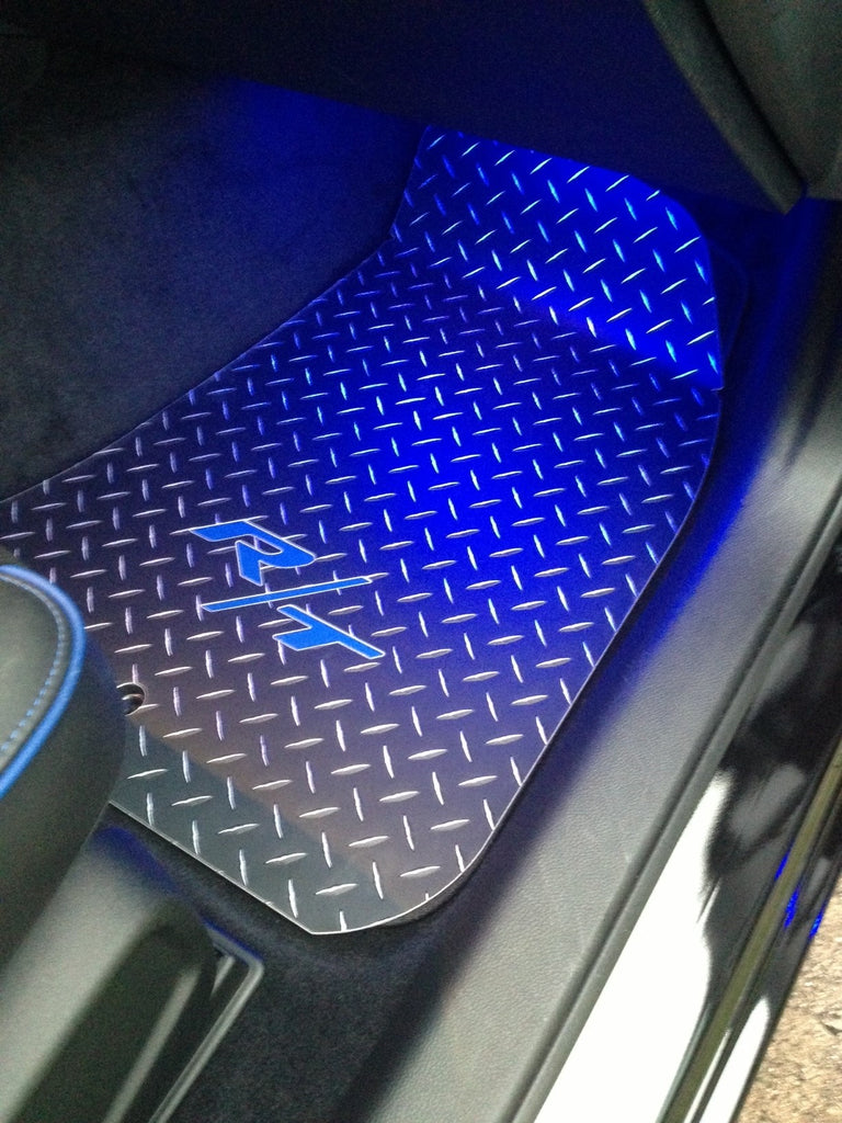 Charger R/T  11-19  black Metal diamond  floor mats   Front and rear set