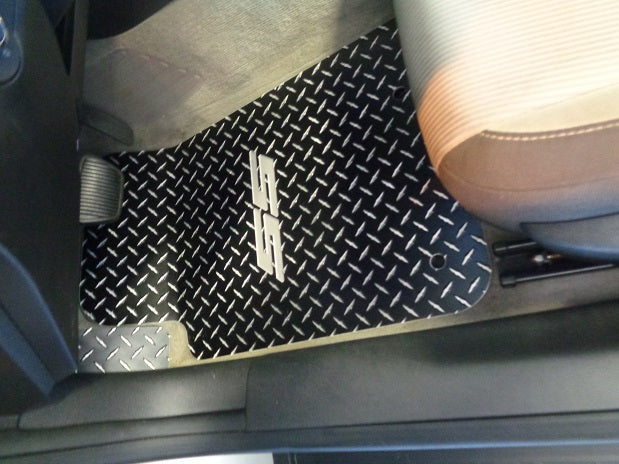 Camaro SS 10-15  aluminum diamond plate floor mats. Real metal