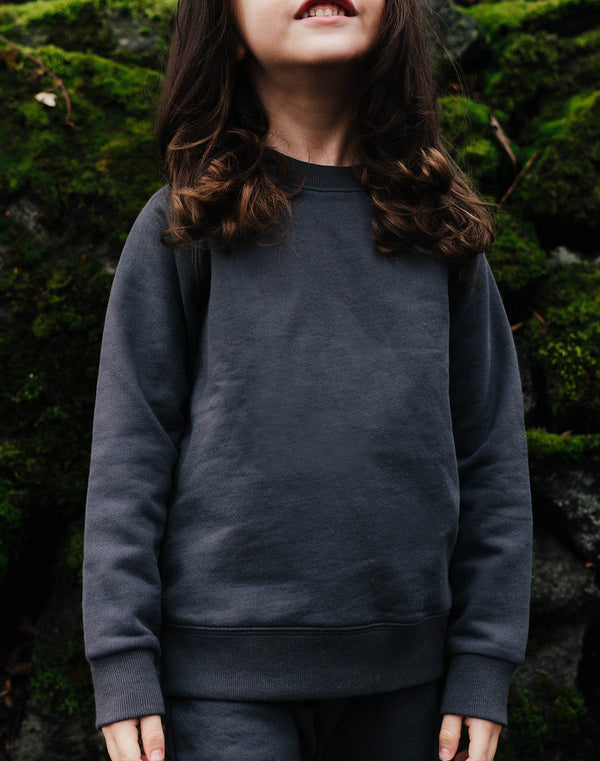 Noble Organic Sweatshirt in Charcoal