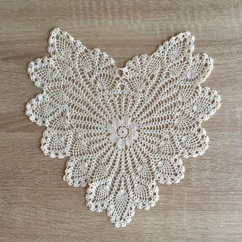 "Pineapple Heart Shaped Doilies  Ecru 14"" Inch"