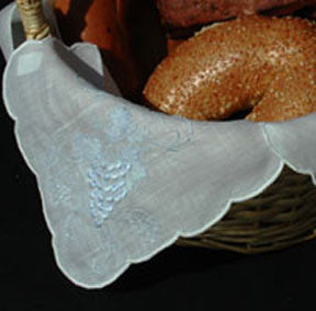 Grape Bread Basket Liner - Pastel