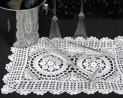 Marigold Crochet Lace Placemat 12x18 White