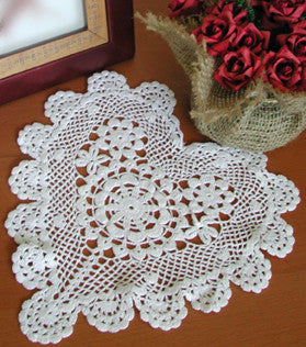 "Poppy Heart Shaped Doilies White 10"" Inch"