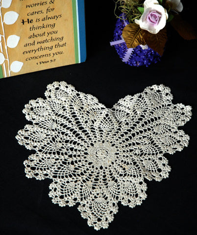 "Pineapple Heart Shaped Doilies Ecru 10"" Inch"