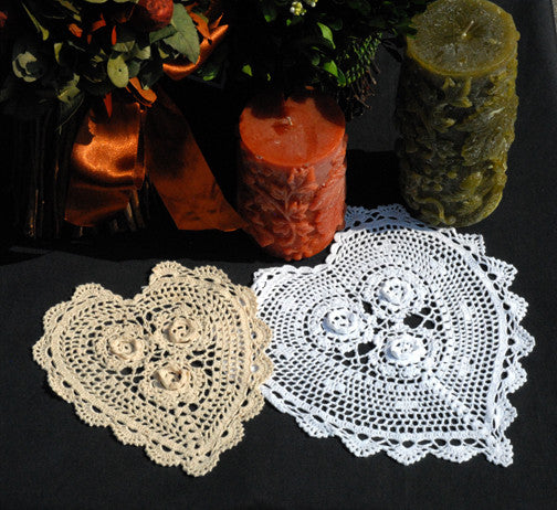 "Rosette Heart Shaped Doilies White 8"" Inch"