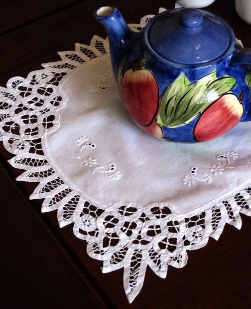"Battenburg Square Trim Doilies White 14"" Inch"