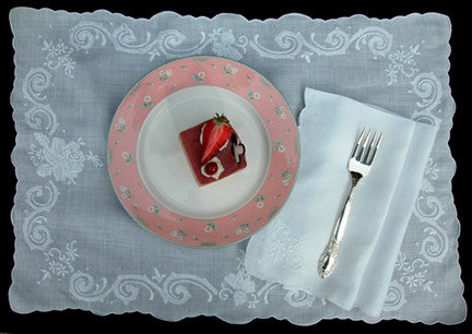 Winter Rose Placemat Set