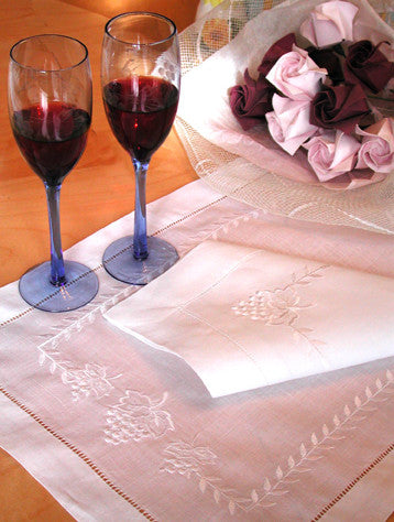 Grapes Vine Placemat Set
