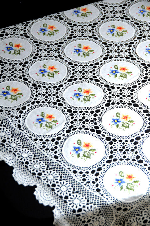 Color Patchwork X-Stitch Embroidered Table Cloth 68x104 Inch