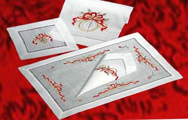 Christmas Golden Ribbons Placemat Set