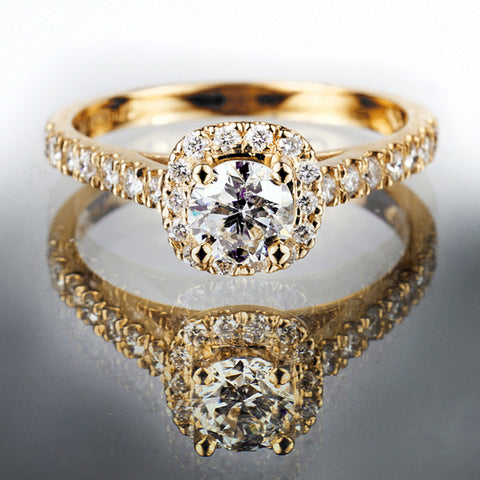 Fire Of The North Yellow Gold Round Brilliant Canadian Diamond Ring