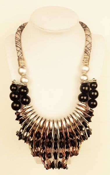 Tribal Necklace in Silver, Gold and Black