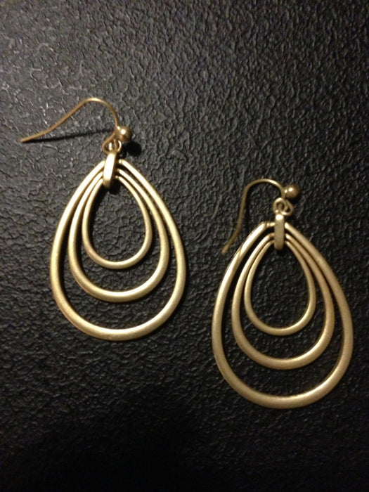 Three Teardrop Cutout Earring