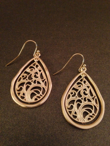 Teardrop Cutout Filigree Dangle Earring