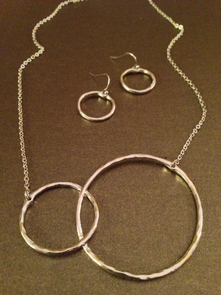 Infinity Circled Necklace