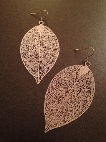 Metal Filigree Leaf Earring