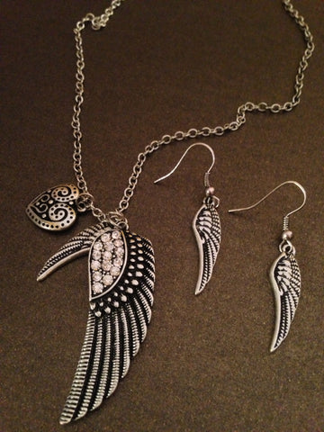 Angel Wings Necklace Set (Silver)