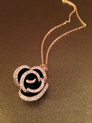 Crystal Lined Rose Necklace (Black)
