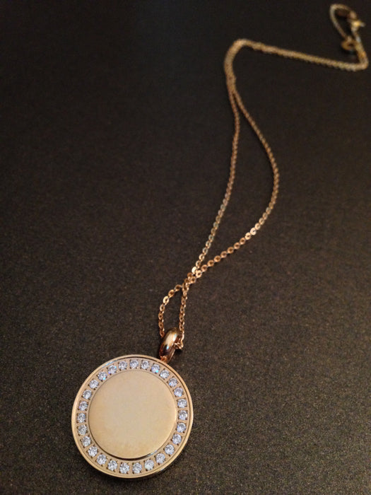 Crystal Lined Medallion Pendant Necklace (Gold)