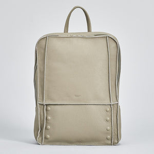 Hunter-Backpack-Back-Country-Front-View-2