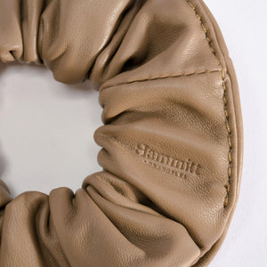 Scrunchie-Sml-Taupe-Detail-View