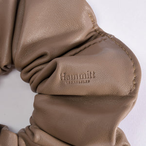 Scrunchie-Lrg-Taupe-Detail-View