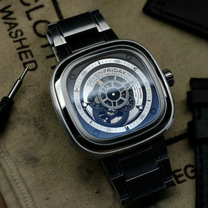 SevenFriday P1B/01 'Essence'
