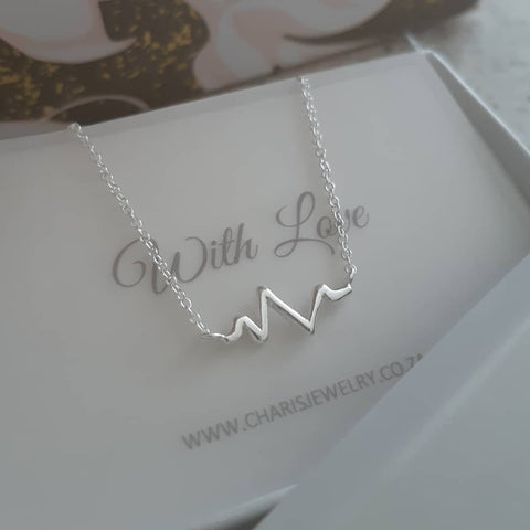 B50-C22353 - 925 Sterling Silver Heart Beat Necklace