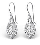C805-C23931 - 925 Sterling Silver Leaf Earrings 9x11mm