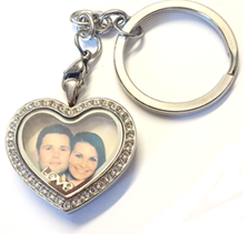 FL25 - Stainless Steel CZ Heart Locket Keyring, with personalized photo and any floating charm
