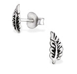 C166-29349 - 925 Sterling Silver Leaf Stud Earrings