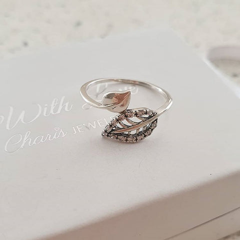 A57-C36763 - 925 Sterling Silver CZ Leaf Ring