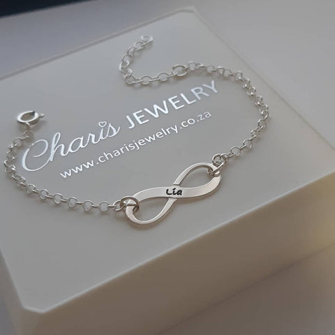 N81 - 925 Sterling Silver Personalized Name / Word Infinity Bracelet