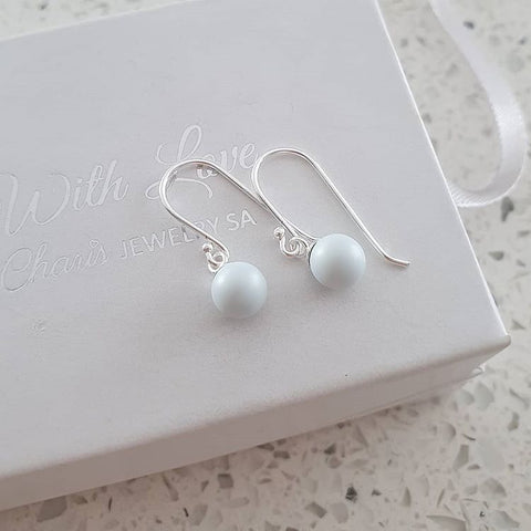 Pastel dangle pearl earrings