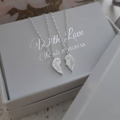 B122-C26382 - 925 Sterling Silver Tiny Mother Daughter Necklaces Set